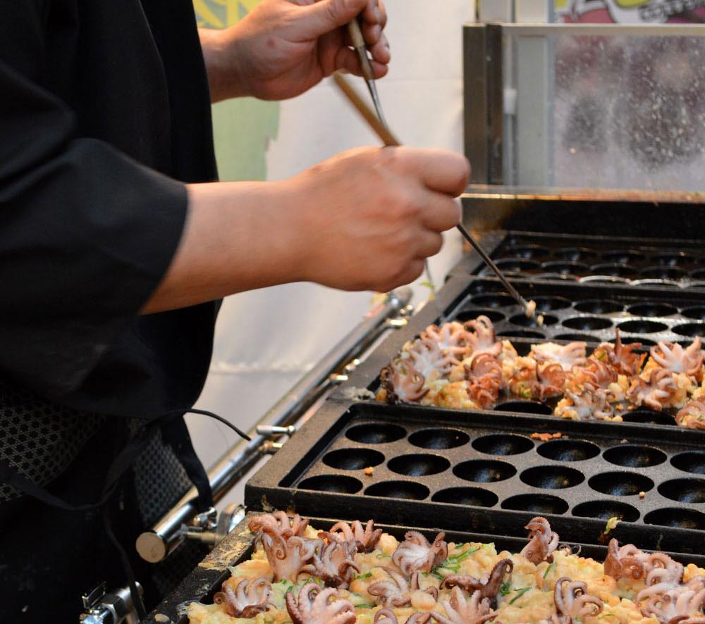 dotonbori-osaka-takoyaki
