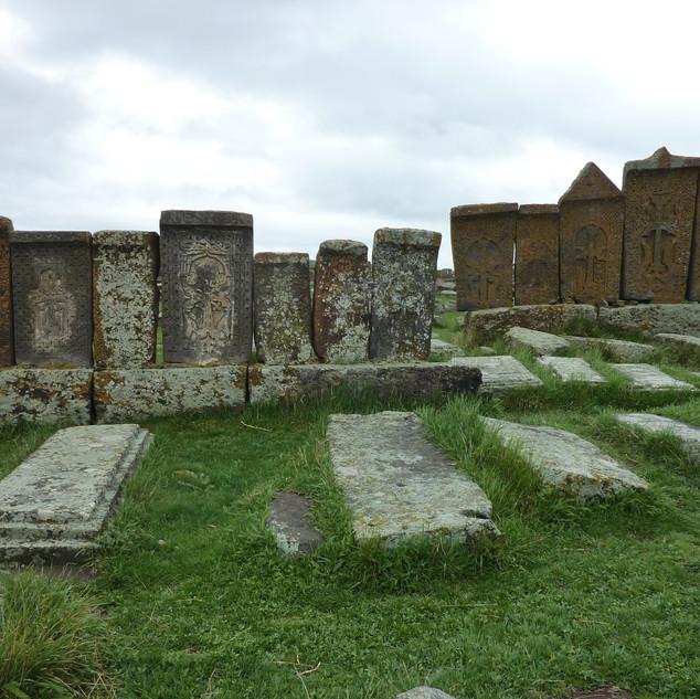Noratus kerkhof.JPG