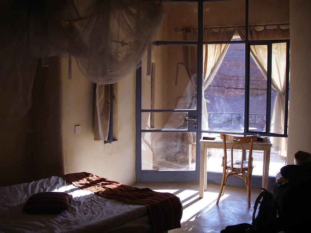 Slaapkamer Feynan Ecolodge, Jordanië - Saffraan Reizen