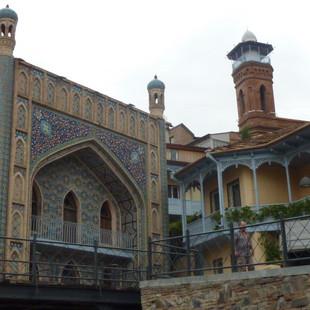 Perzisch erfgoed in Tbilisi.JPG