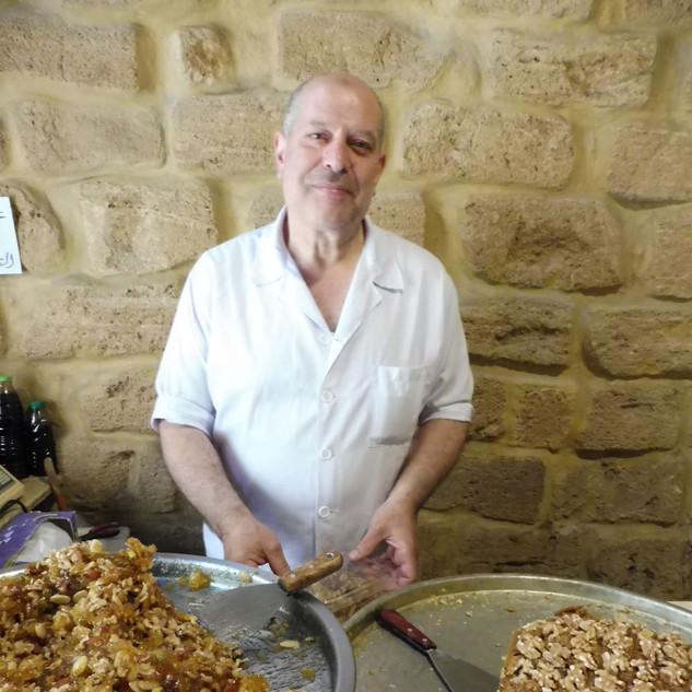 Lekker snoepen van Tripoli sweets.JPG