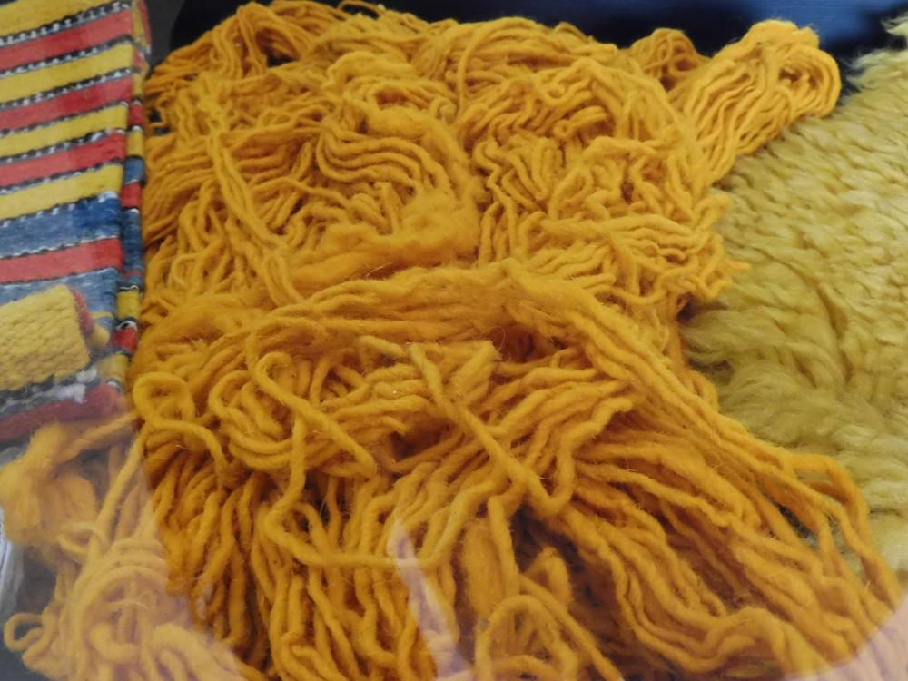 Wol geverfd met saffraan, Marokko - Saffraan Reizen