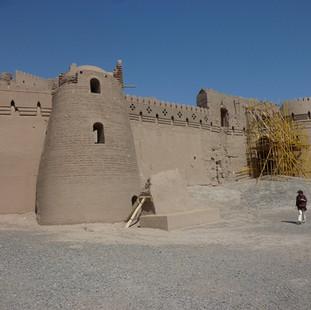 Rondreis Iran Saffraan Reizen UNESCO mudbrick city Bam, Iran.JPG