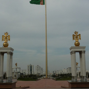 Witte marmeren stad Ashgabat.JPG