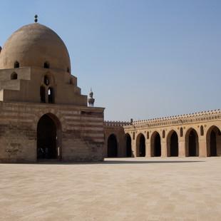 Ibn Tulun moskee, Cairo.JPG