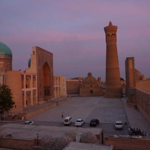 Hoogste minaret Bukhara Kalon.JPG