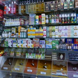 Winkel in de souq.JPG