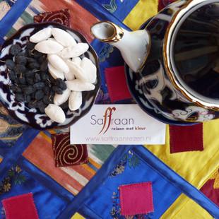 Smakelijke thee-pauze's  met Saffraan Reizen.JPG