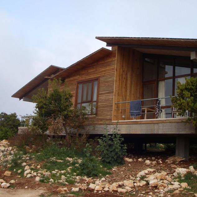Lodge in het Ajlun Forest Reserve.JPG