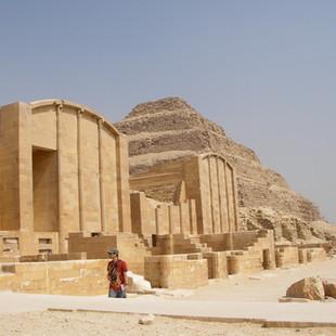 Het complex van de piramide van Djoser,
