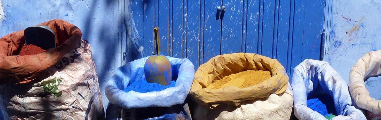 Zakje blauw in Chefchaouen,  Marokko