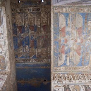Mooi plafond in het Medinet Habu tempelc