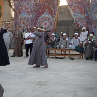 Happening bij de moskee in Luxor.JPG