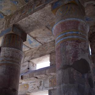 Mooie kleuren in Karnak.JPG