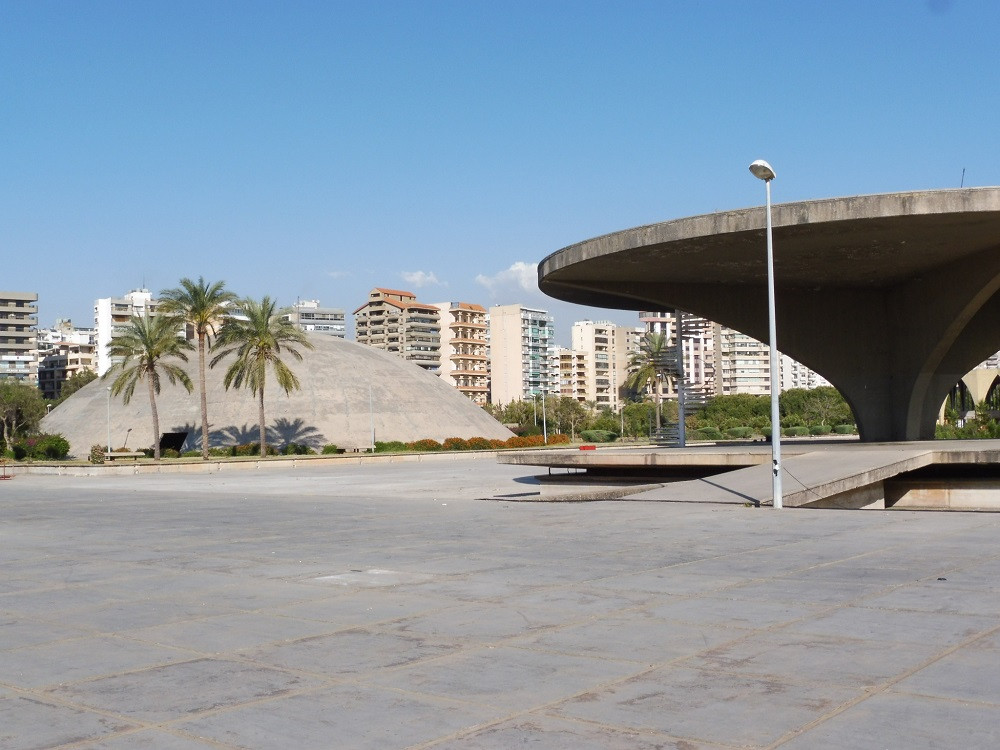 Muziekkopel en landingsbaan Oscat Niemeyer, Tripoli, Libanon - Saffraan Reizen