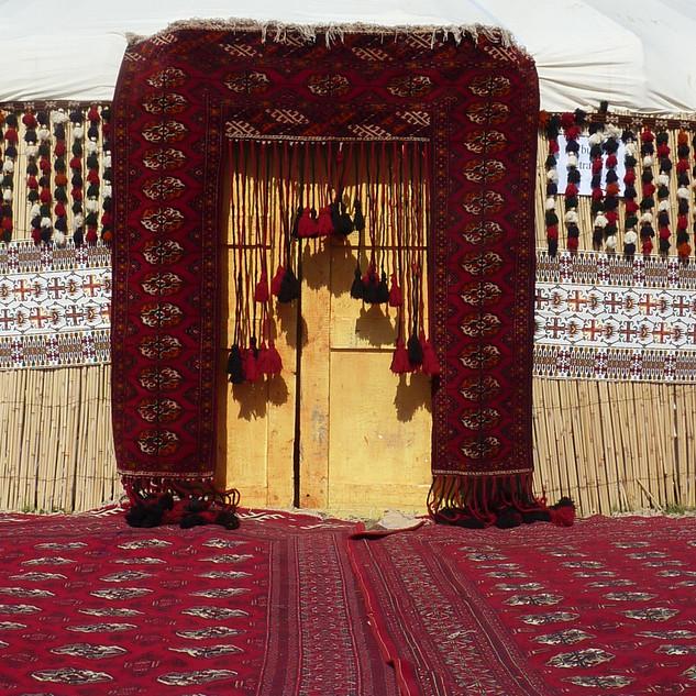 Traditionele tent Turkmenen.JPG