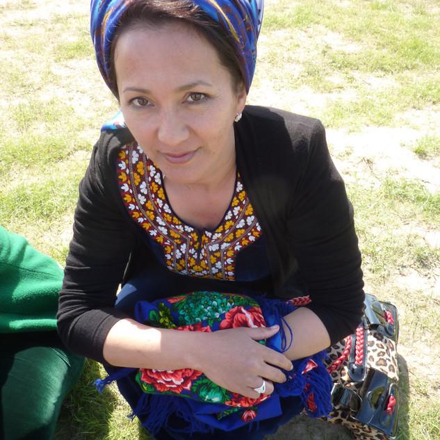 Turkmeense vrouw.JPG