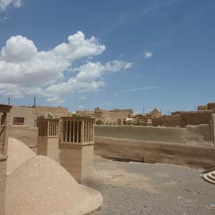 Kharanak mudbrick city, Iran.JPG