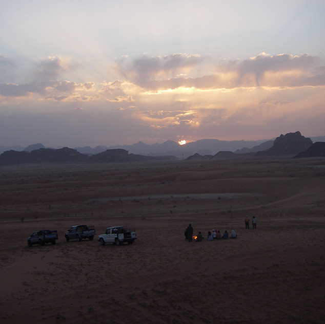 Thee drinken in Wadi Rum.JPG