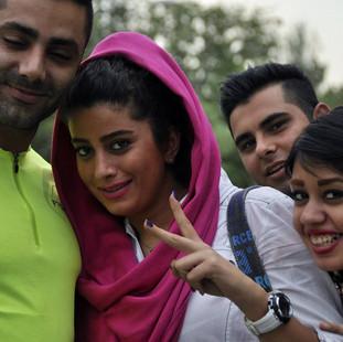 Rondreis  Iran Saffraan Reizen Ontmoeting in Iran.jpg