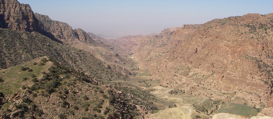 De Wadi Dana trail naar Feynan