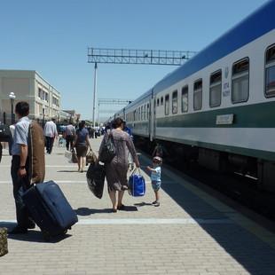 Per trein naar Khiva.JPG