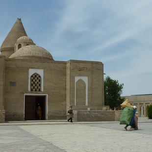 Moskee van Job Bukhara rondreis Oezbekistan Saffraan Reizen.JPG