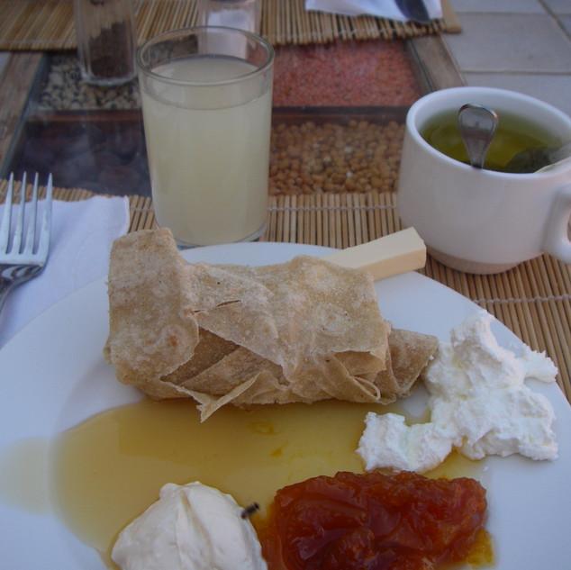 Onbijt in Feynan Ecolodge.JPG
