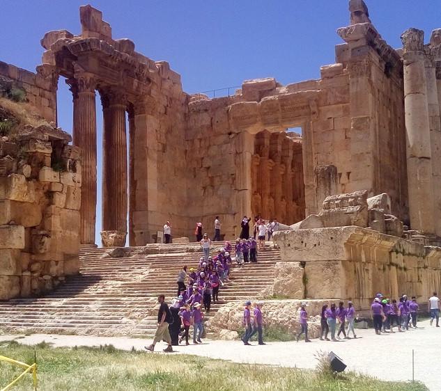 Op excursie naar Baalbek met de school.j
