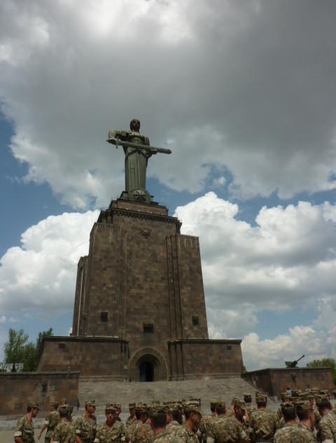Moeder_Armenië rondreis Armenie Saffraan Reizen.JPG