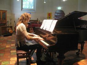 15 april voorspeelmiddag piano en gitaar in Peize