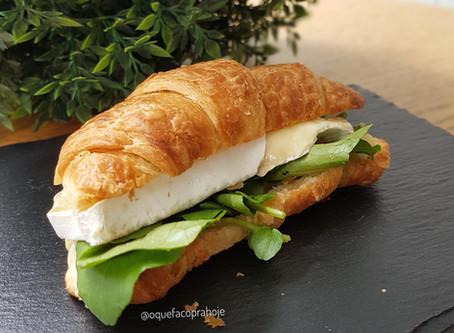 Sanduíche de Croissant
