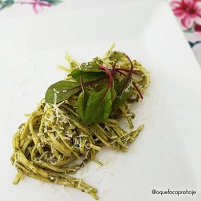 Espaguete de Pupunha com  Molho Pesto