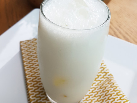 Ayran (bebida refrescante de iogurte)