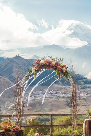 Ekaterina & Eldar's Fall Inspired Wedding @ Rooms Hotel Kazbegi, Georgia