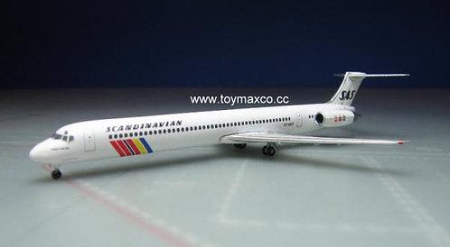 SAS MD-82 1:500 HE533355