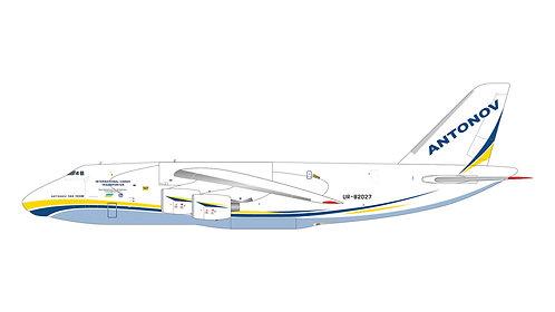 Antonov Airlines AN-124 UR-82027 1:400 GJADB1989