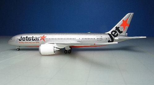 Jetstar B787-8 VH-VKD 1:500 SKY0813JS
