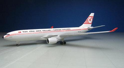 Turkish Airlines A330-200 TC-JNC Retro 1:500 HE529013