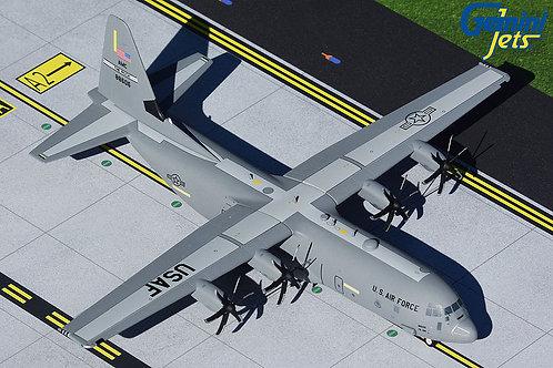USAF C-130J Little Rock 1:200 G2AFO902