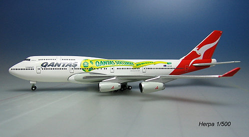 Qantas B747-400 Socceroos 1:500 ND HE515597