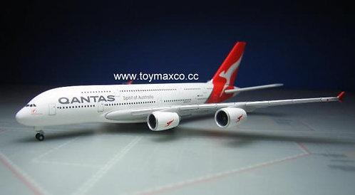 Qantas A380 VH-OQF 1:500 HE531795