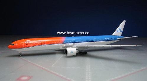 KLM B777-300ER Orange Pride 1:500 HE529754