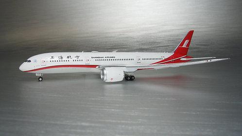 Shanghai B787-9 B-1113 1:400 PH11666