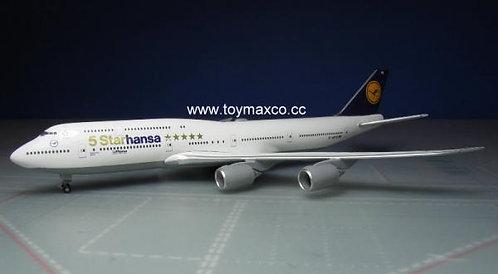 Lufthansa B747-8 5 Starhansa 1:500 HE531504