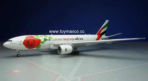 Emirates B777F A6-EFL Sky Cargo with Love 1:400 GJUAE1662
