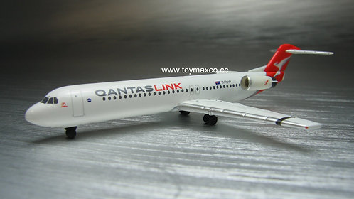 Qantas Fokker 100 VH-NHP 1:500 HE534567