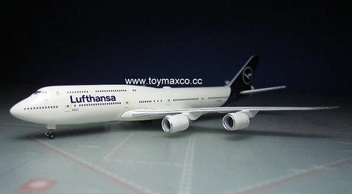 Lufthansa B747-830 D-ABYA 1:500 HE531283