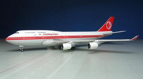 Malaysia B747-400 9M-MPP Retro 1:500 HE529679