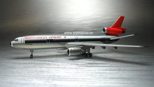 Northwest Orient DC-10-40 N155US 1:500 HE534369